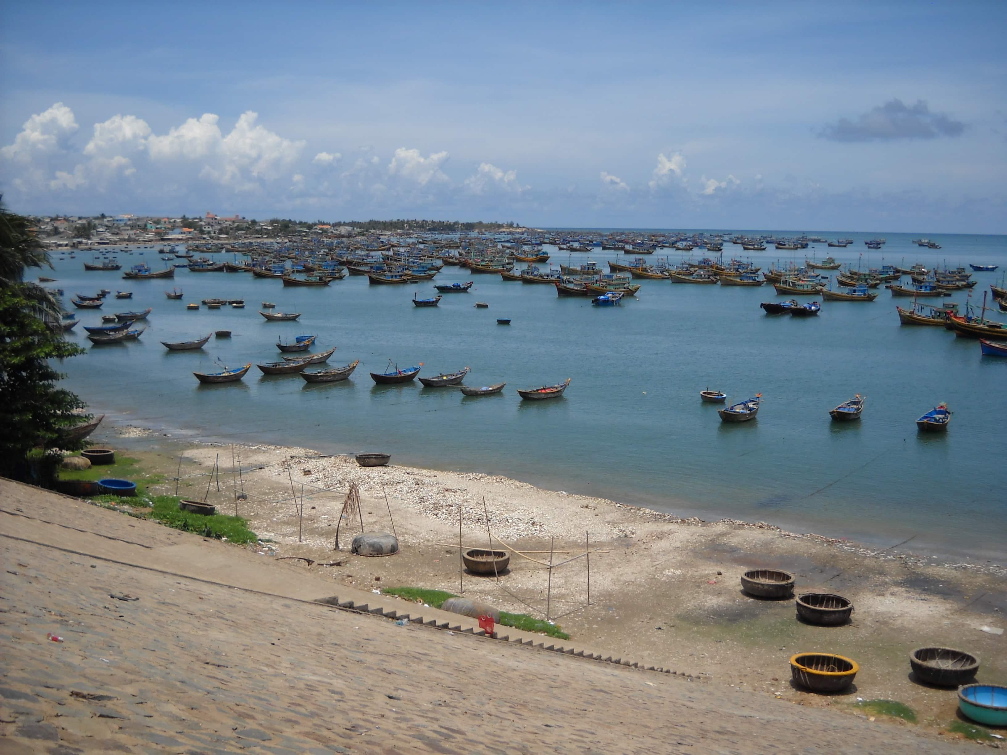 Bán nhớt Repsol chất lượng cao tại Bình Thuận
